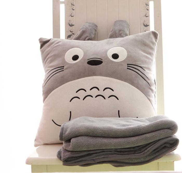 正版龙猫宫崎骏 龙猫空调毯暖手悟抱枕被子两用靠垫抱枕 生日礼物(手